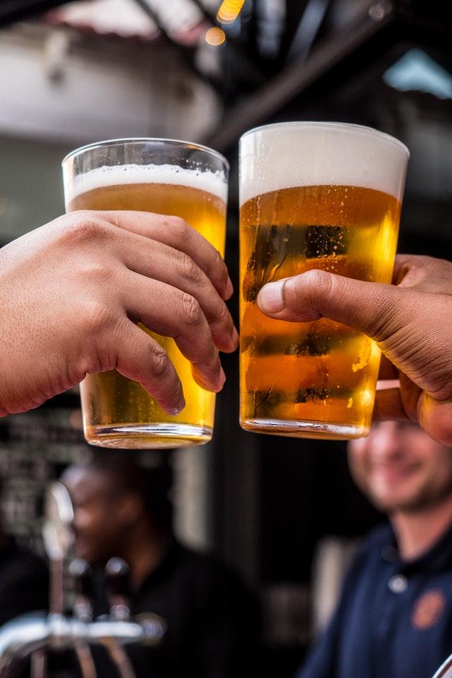 Pivo ve skle