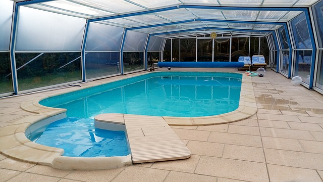 zastřešený bazén