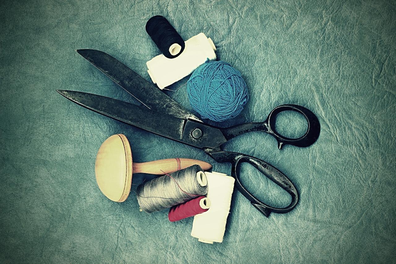 scissors-1008908_1280