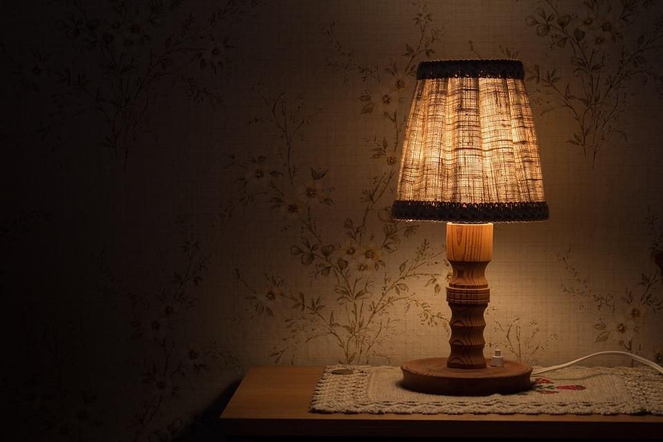 svítící lampa